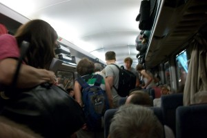 Da kamen so langsam Menschenmengen in die Bahn, darunter auch Schachspieler...