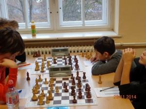 Dennie Shoipov (hinten rechts)